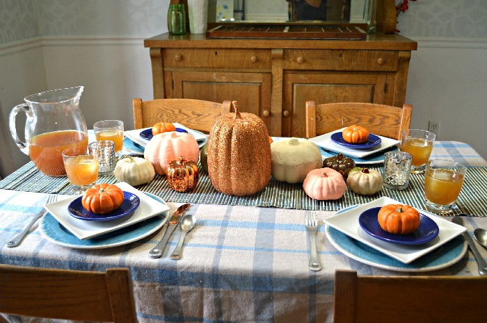 blue-and-orange-fall-table