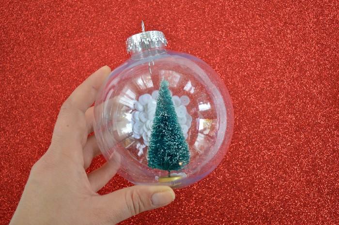 sequin-snow-globe