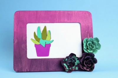 PAPER AND RESIN SUCCULENT FRAME TUTORIAL