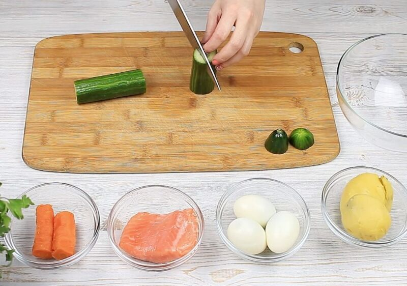 Рецептті дайындаудың суреті: ең дәмді оливье, 9-қадам.