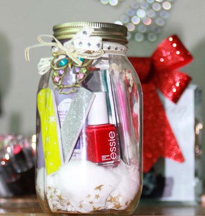 Hvor smukt at pakke en gave til det nye år i krukker 2