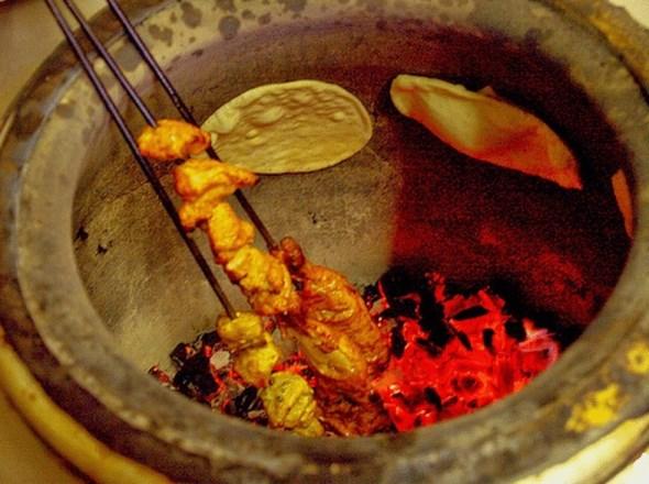 Tandara'daki yemeklerin çeşitliliği