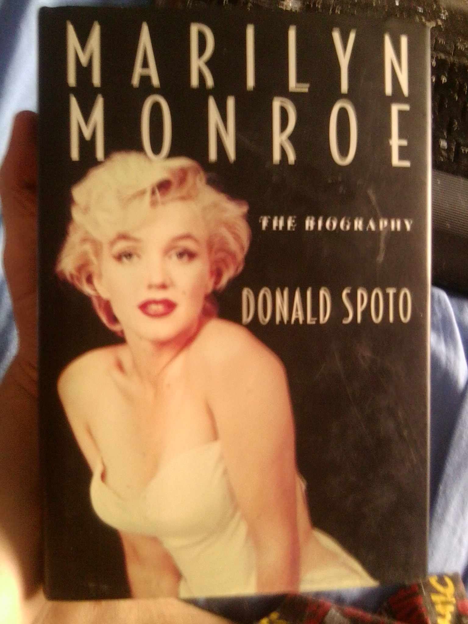 Book Review – Marilyn Monroe: The Biography by Donald ...