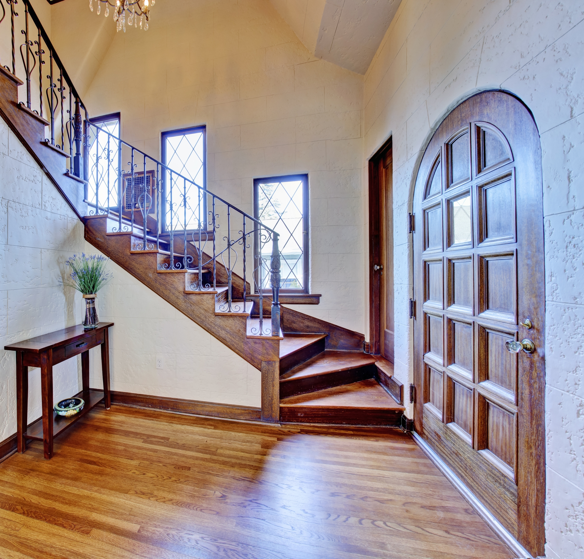 3 Reasons To Install Wrought Iron Railings In Your Home Creative | Adding Wood To Wrought Iron Railing | Cedar | Entryway | Rod Iron | Repair | Process Fabrication