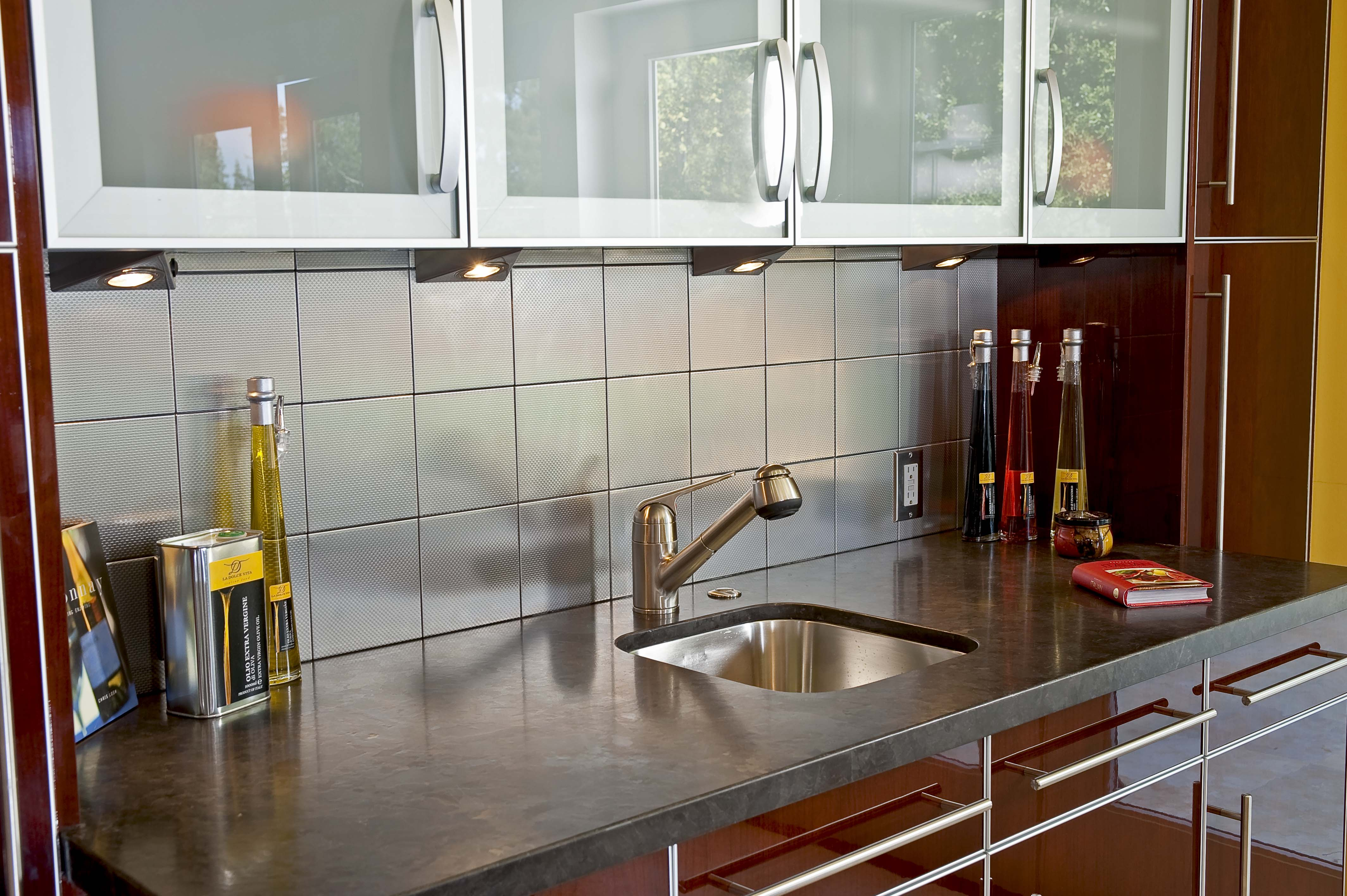 Modern Retro Kitchen In Palo Alto By Danenberg Design