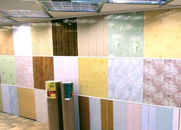 Cumpărați panouri din PVC cel mai bine în magazinele de construcții mari, unde toate bunurile sunt licențiate