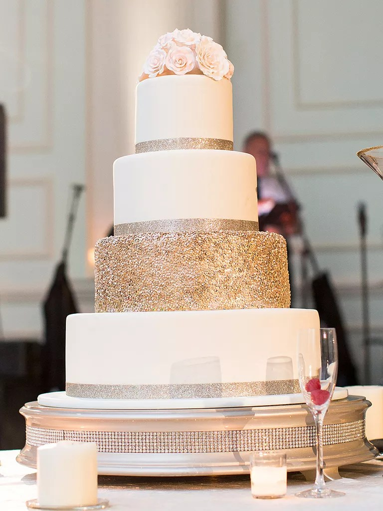 18 Wedding Cakes With Bling That Steal the Show White Wedding Cake With a Single Glitter Covered Tier