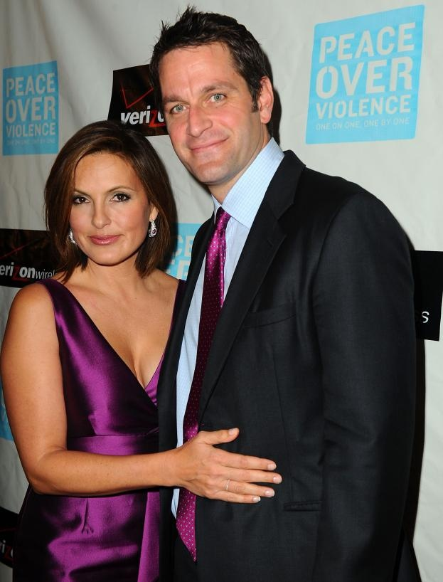 Mariska Hargitay and Peter Hermann. | More Marriage vows ...