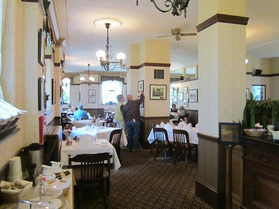 Family Restaurants Victoria Bc