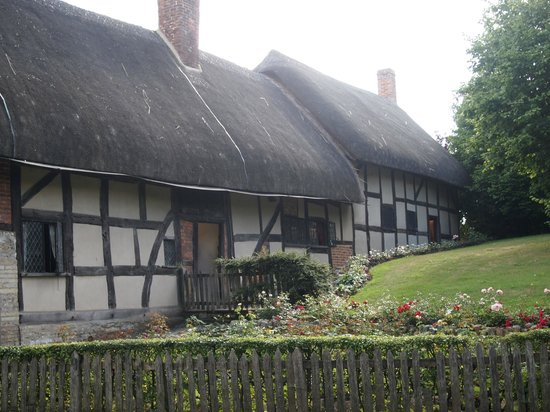 Anne Hathaway was the wife of William Shakespeare - House ...