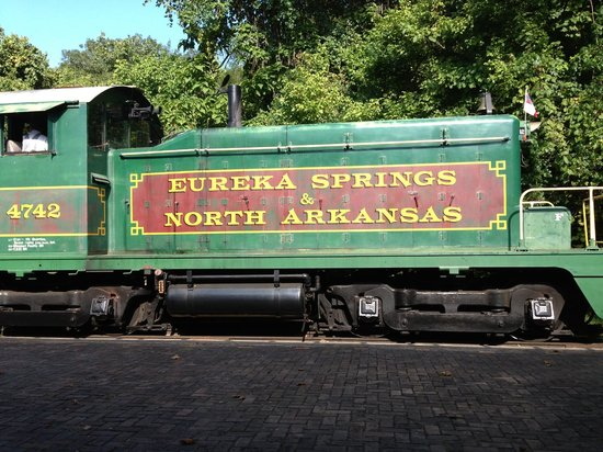 Dinner Train Eureka Springs