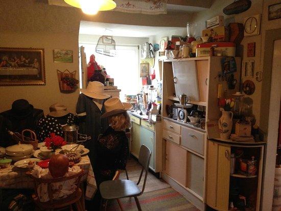 Küche - Bild von Nostalgie der 50er Jahre, Burgpreppach - TripAdvisor