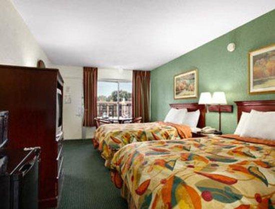 Tampa Inn Near Busch Gardens Updated 2018 Prices Amp Hotel