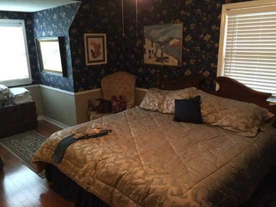 ROYAL OAKS BED AND BREAKFAST   B B Reviews  Atmore  AL    TripAdvisor