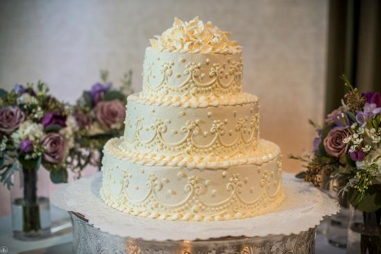 Amazing Bakery  Beautiful  delicious   affordable wedding cakes     Beautiful  delicious   affordable wedding cakes