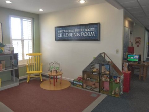 Children s area of the library    Picture of Demopolis Public     Demopolis Public Library  Children s area of the library