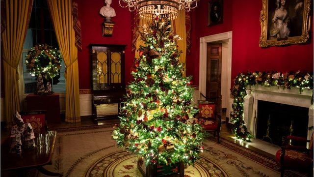 Melania Trump unveils 'Spirit of America' Christmas theme ...