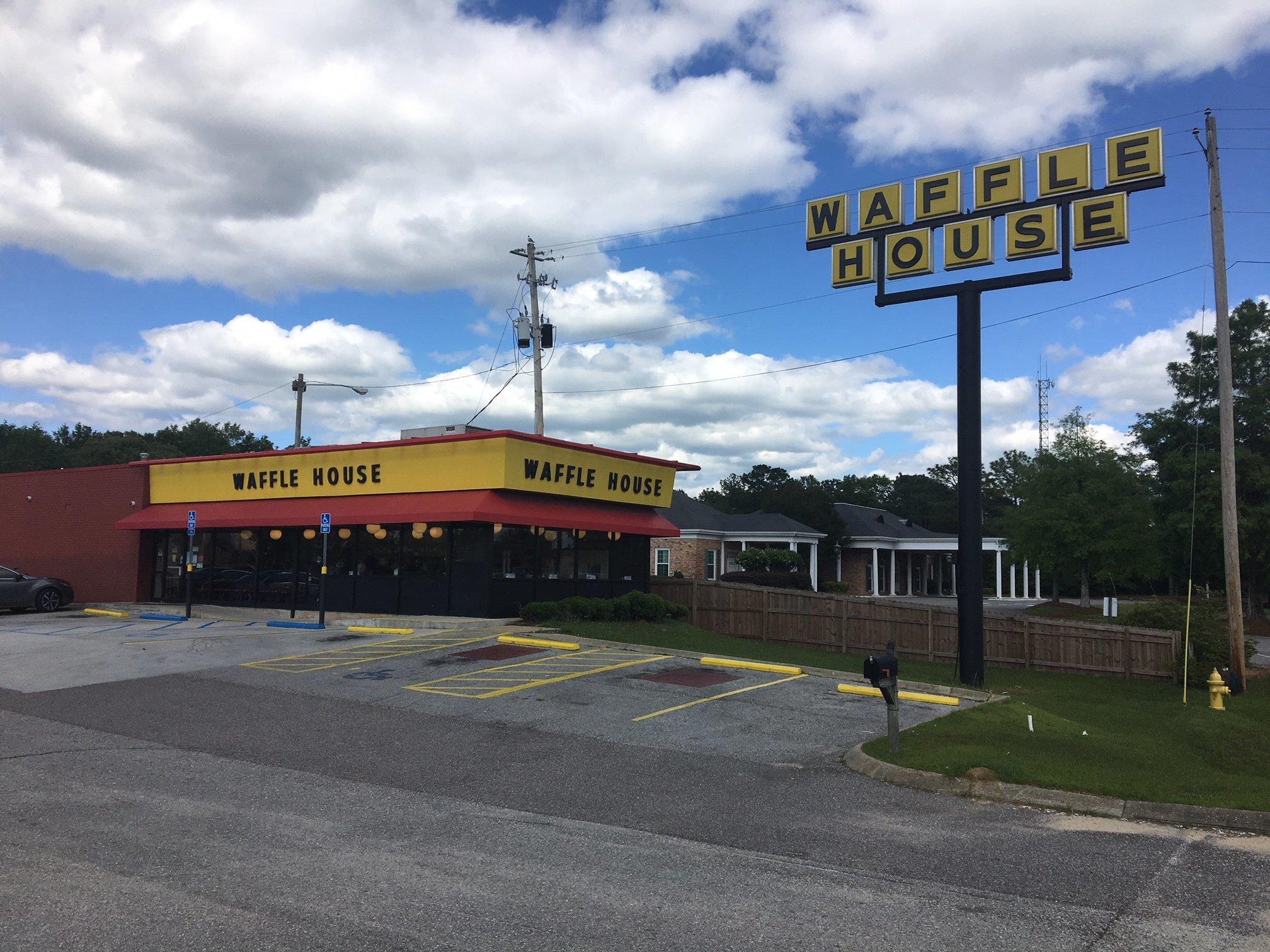 Waffle House Montgomery Al