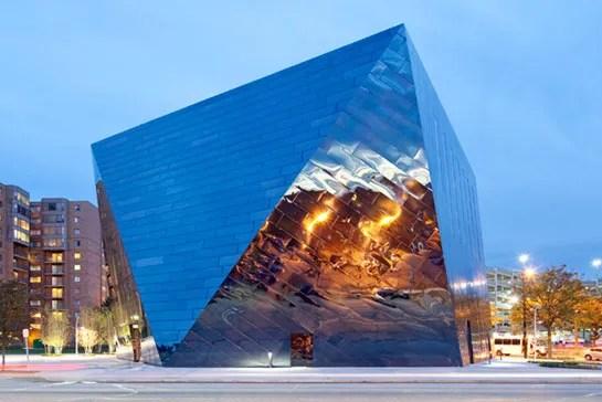Farshid Moussavi S Museum Of Contemporary Art Cleveland