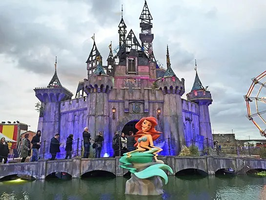 Inside Banksy S Dismaland Architectural Digest