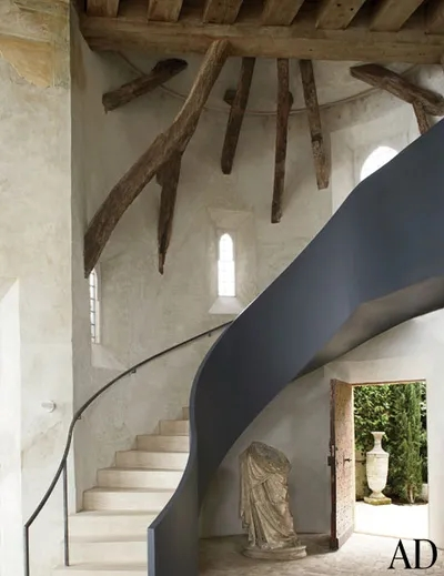 15 Striking Modern Staircases Architectural Digest | Modern Staircase Glass Railing Designs | Commercial Building | Glass Panel Wooden Handrail | Side Glass Rail | Glass Stair | Modern Aluminium