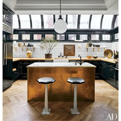 9 Beautiful Black And White Kitchens From The Ad Archives
