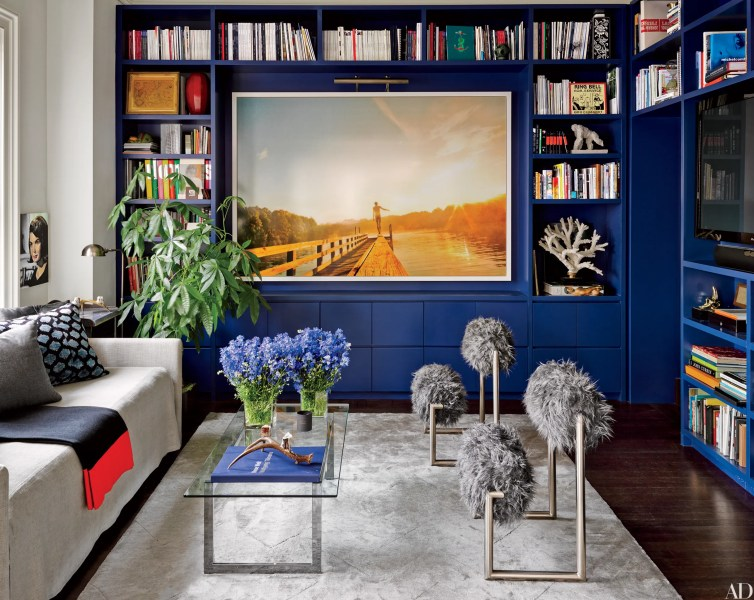 8 Tips for Lighting Art  How to Light Artwork in Your Home     8 Tips for Lighting Art  How to Light Artwork in Your Home   Architectural  Digest