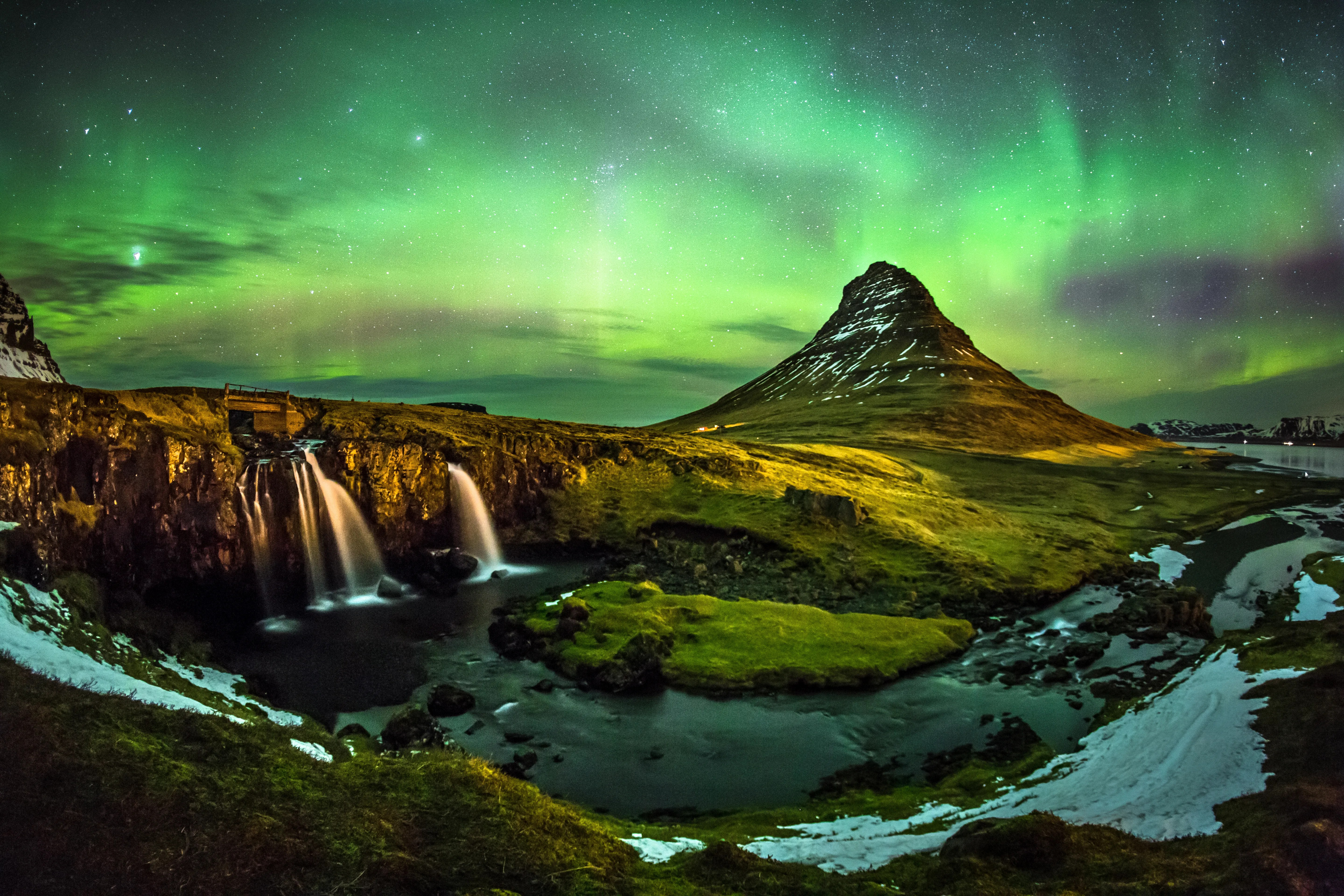 Best Time View Northern Lights Iceland