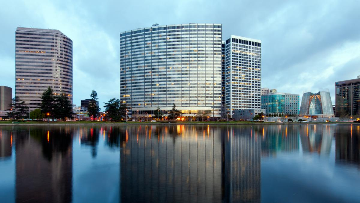 Swig S Massive Two Tower Oakland Office Expansion At Kaiser Center Could Include 580 New Housing
