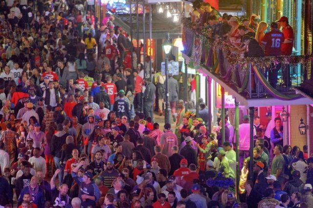 No Cars on Bourbon Street During NYE After Berlin Attack NEW ORLEANS  Louisiana     Beginning on New Year s Eve through January 2 for  the Sugar Bowl  Bourbon Street will be closed off to motorists in response  to the
