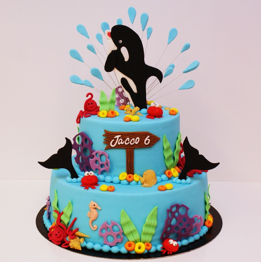 Top Cakes With Whales Cakecentral Com