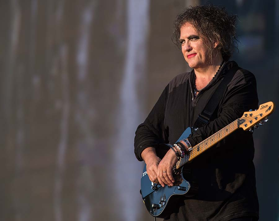 the cure tour 2019 - 900×713