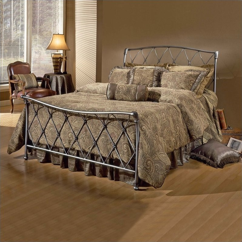 Hillsdale Silverton Metal Sleigh Bed In Brushed Silver