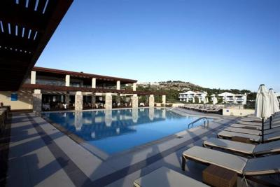 Island Blue Hotel, Pefkos - Compare Deals