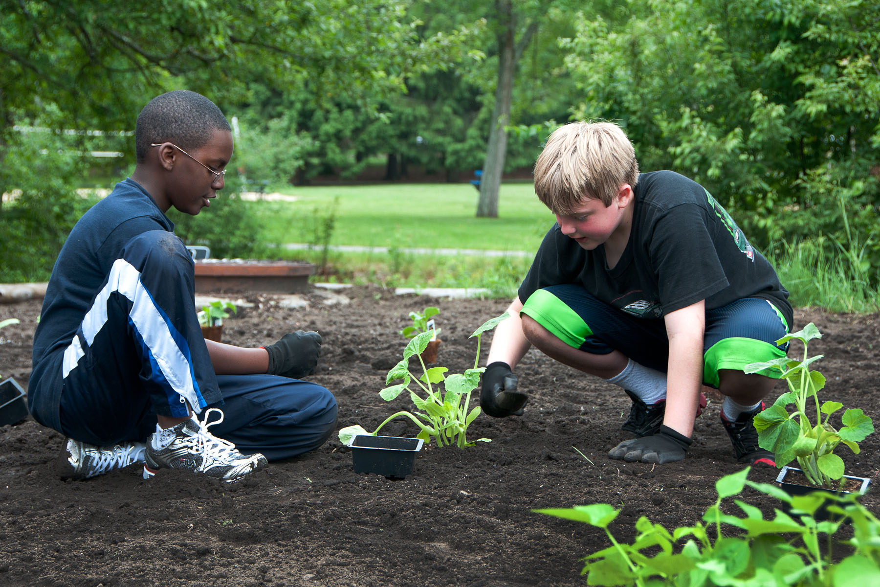 Volunteers plant garden for Youth Center > Hanscom Air ...