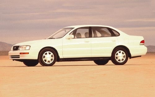 Used 1995 Toyota Avalon Sedan Pricing For Sale Edmunds