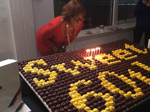 Pics Oprah Throws Surprise 60th Birthday Blowout For