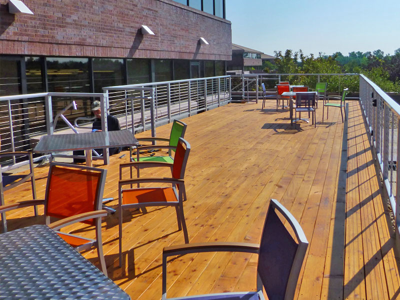 Commercial Rooftop Deck Setting With Aluminum Railing