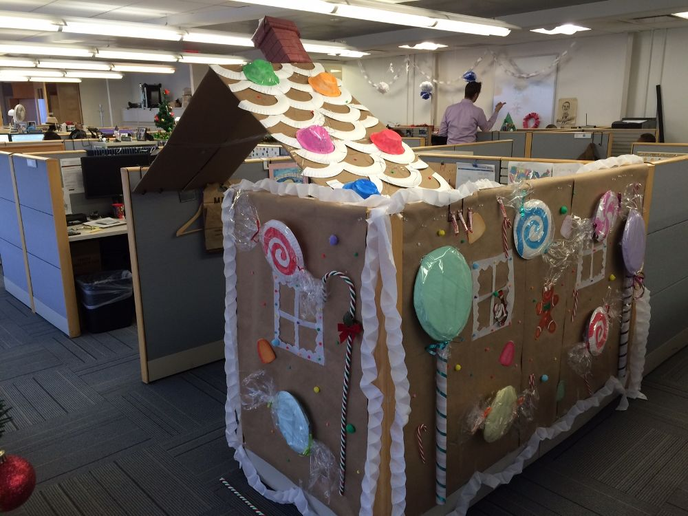Cubicle Or Gingerbread House Ipc Office Photo