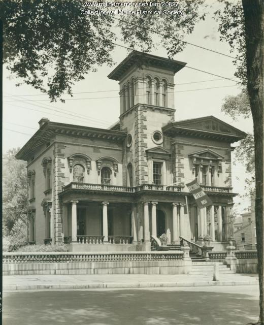 video portland victorian mansion - 520×640