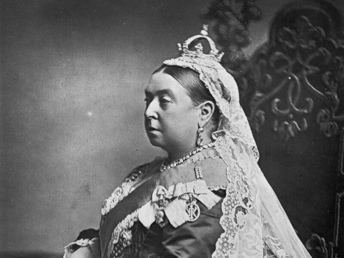 Queen Victoria s Unlikely Bond With Indian Attendant Made Curry     Queen Victoria s Unlikely Bond With Indian Attendant Made Curry Classy
