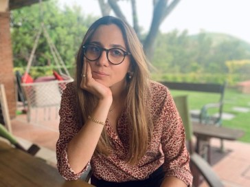 """Aurora Leone, da """"Italia's Got Talent"""" ai """"The Jackal"""": carriera, vita privata e curiosità sull'attrice"""