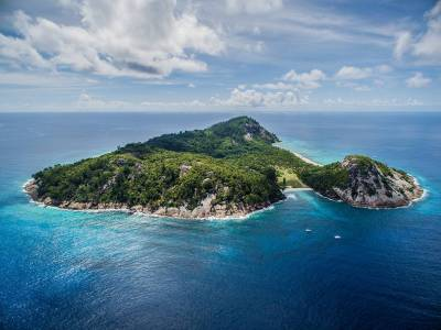 Private Island Villa with Private Pool in Seychelles ...