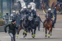Incidentes en la marcha de ultraderecha contra el pacto migratorio de la ONU en Bruselas