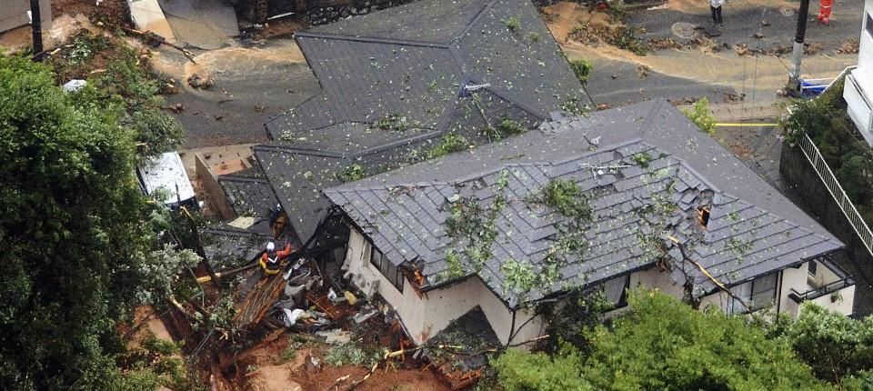 Hunderttausende müssen in Japan wegen Unwetter Häuser verlassen