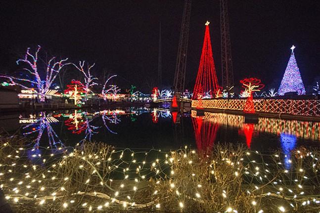 Kennywood Holiday Lights
