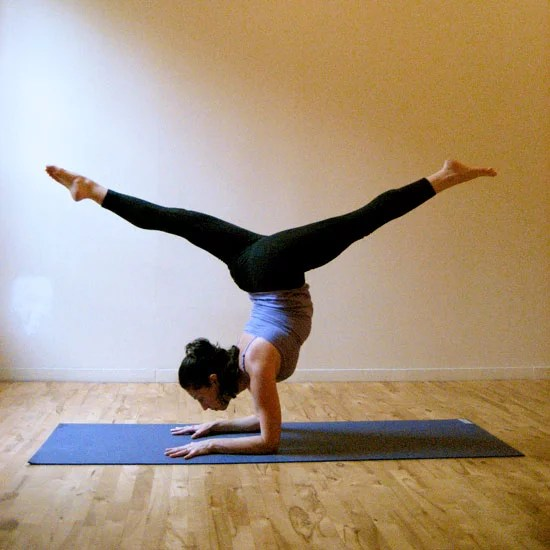 1 Funny Poses Yoga People