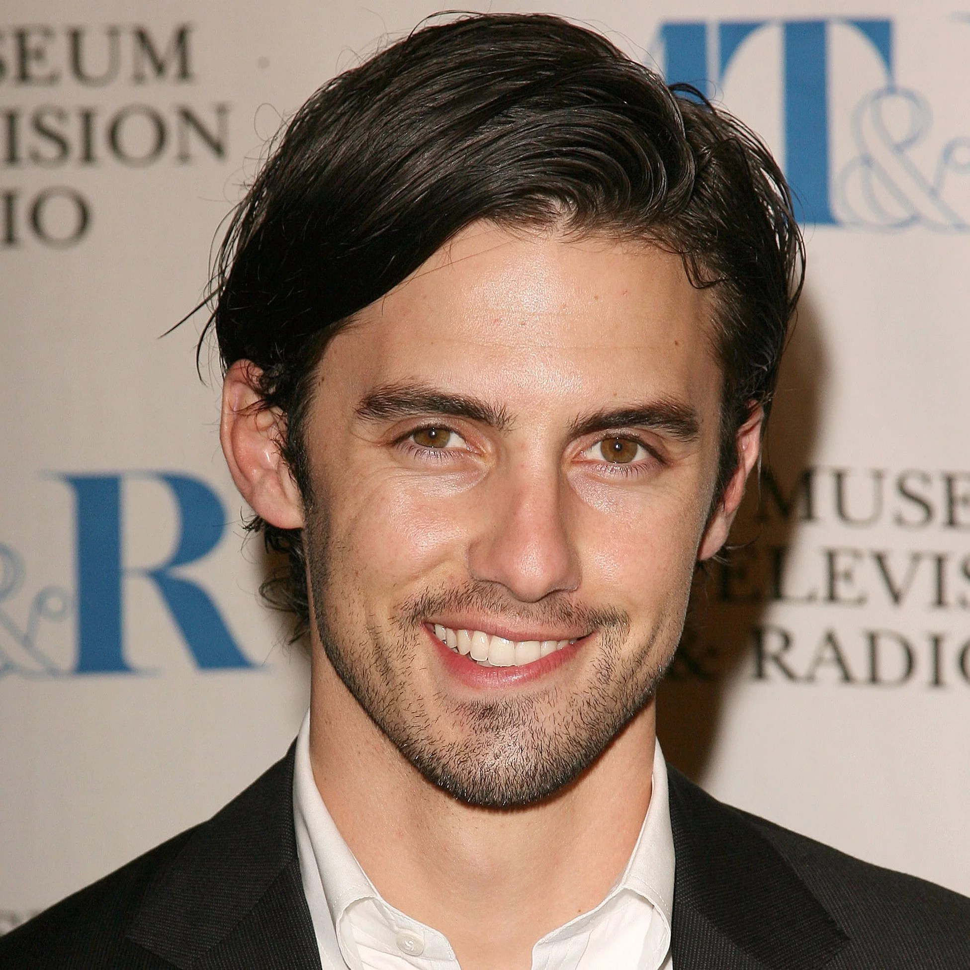 Sexy Pictures of Milo Ventimiglia Smiling   POPSUGAR Celebrity