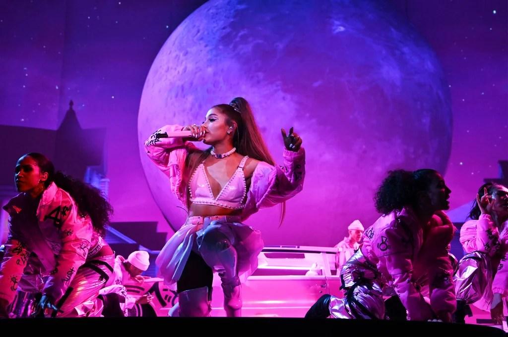 Ariana Grande Sweetener World Tour Pictures | POPSUGAR ...
