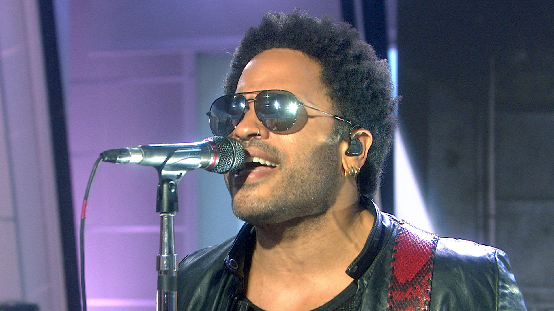 Lenny Kravitz Will Make You Strut With New Song The